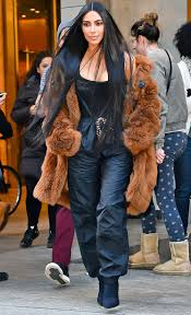 kim kardashian u0027s new short hair and blac chyna u0027s cher hair photos