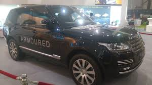 land rover mod range rover sentinel makes indian debut at defexpo 2016