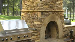 How To Build Outdoor Kitchen by Luxurious Outdoor Kitchens Youtube