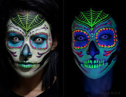 Glow In The Dark Halloween Costume Ideas by Best 25 Uv Face Paint Ideas On Pinterest Neon Face Paint Glow