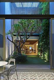 homes with interior courtyards best 25 internal courtyard ideas on pinterest indoor courtyard