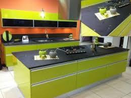 cuisine vert anis cuisine vert anis plan verre noir les cuisines d