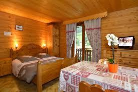chambre d hote chatel hôtel châtel pied de pistes gite chatel chambres d hotes chatel