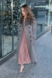 why alicia vikander s coat is the perfect topper the danish girl
