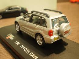 tomica toyota hilux 1 64 die cast toy cars high speed toyota rav 4 2nd gen