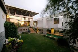 modern residence by the architects studio tariq hasan 2000 sq yds