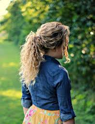 top 28 best curly hairstyles for girls easy hairstyles ponytail