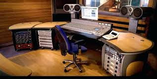 Diy Studio Desk Audio Studio Desk Reclaimed Wood Diy Interque Co