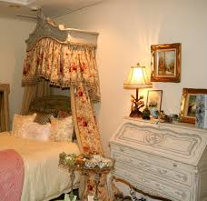 awesome white bed cover with creamy headboard color and nice