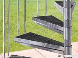 treppen intercon gmbh aussentreppe k2 mit stufen in holzoptik aussentreppen balkon