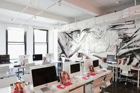 inside nylon magazine u0027s new york city offices officelovin u0027