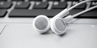 Entertainment Law Summer Internships Podcasts Here Are 3 On Entertainment Law Biederman Blog