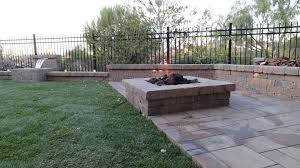 Pavers In Backyard by Tememcula Ca Pavers U0026 Artificial Grass Installers Install It Direct