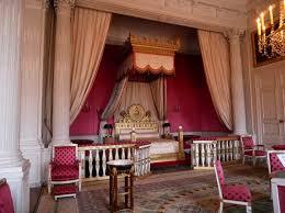 chambre de louis xiv en photos le grand trianon à versailles le plus privé des palais