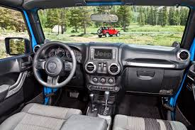 green jeep liberty 2012 2012 jeep wrangler gets 3 6 liter pentastar v6 with 285 ponies and