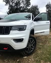 jeep grand cherokee trailhawk off road getting off road in the jeep grand cherokee trailhawk boss hunting