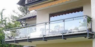 windschutz balkon plexiglas günstige stegplatten wellplatten kompaktplatten plexiglas