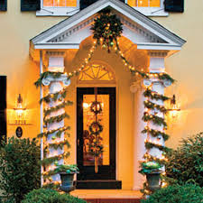 Christmas Decorations Outdoor Garland by Our Best Ever Holiday Decorating Ideas Garlands Holidays And
