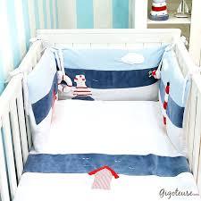 accessoire chambre bébé accessoire lit bebe 00 chambre bebe fille tour de lit bebe