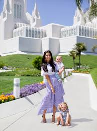 Rachel Parcell Instagram Why Mormon Women Are So Prevalent In The Beauty Industry Allure