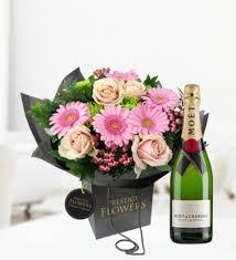 luxury flowers luxury lomond and moet luxury flowers 54 99 free chocolates