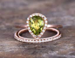 peridot engagement rings 2pcs 6x8mm pear cut peridot wedding ring set green gem engagement