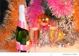 new years chagne flutes picture of new year toast