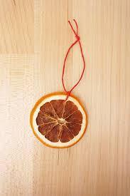 diy garland and citrus ornaments maker