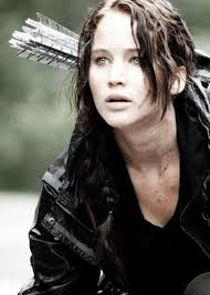 hambre hairstyles totally prefer her with brown hair jennifer lawrence as katniss