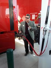 kenworth dixie 401 emterra opens canada u0027s biggest truck cng station today u0027s trucking