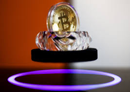 bitcoin how rich you u0027d be if you invested a year ago money