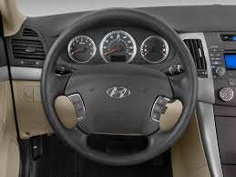2009 hyundai sonata wheels 2009 hyundai sonata steering wheel interior photo automotive com