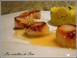 cuisiner les noix de st jacques noix de st jacques sauce au beurre citronnée et écrasé de pdt