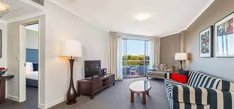 2 Bedroom Apartment Melbourne Accommodation Mantra On The Park Melbourne Accommodation