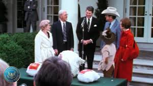 national thanksgiving turkey remarks to reporters upon receiving a thanksgiving turkey from the