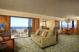 creative hilton hawaiian village rainbow tower oceanfront room