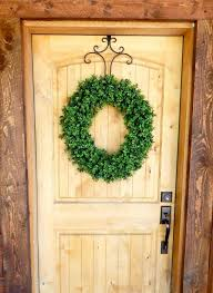 Christmas Decorations Outdoor Wreaths best 25 artificial boxwood wreath ideas on pinterest boxwood