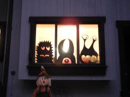 halloween window monsters easy cheap diy halloweenorations wired