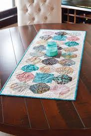 77 best table topper u0026 table runner quilt patterns u0026 projects