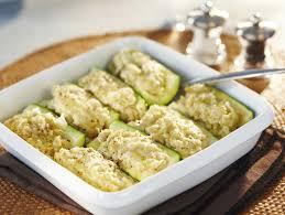cuisiner courgette jaune courgettes farcies au poulet maggi