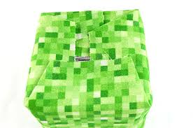 minecraft wrapping paper diy minecraft creeper candle holder