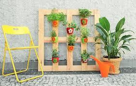 Wood Pallet Garden Ideas Home Decorating Ideas With Wooden Pallet 1001 Motive Ideas