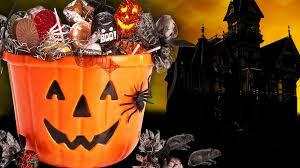 trick or treat hours plus halloween deals u0026 freebies tonight
