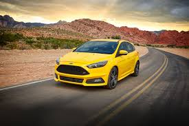 ford 2017 ford focus sedan u0026 hatchback designed to inspire ford com