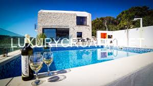 House With Pool House With Pool For Rent Sutivan Island Of Brac Luxury Croatia
