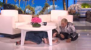 Ellen Bathroom Scares Ellen Scaring The Pants Off Sarah Paulson Is The Three Minutes Of