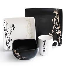 Japanese Style Dining Table by How To Color The Dining Table With Black And White Urban Ware