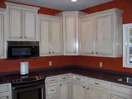 Painted Off White Kitchen Cabinets Glazing Painted Kitchen Cabinets Installing The Glazing Kitchen