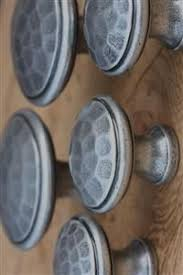 clear glass cupboard knobs and glass door knobs in a variety of