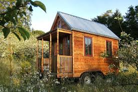 how much does it cost to build a pole barn house how much does it cost to build or buy a tiny house